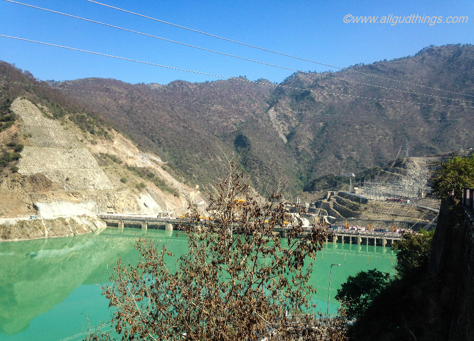 Koteshwar Dam on the way to THDC hostel - Backpackers must carry essentials for a Hostel Stay