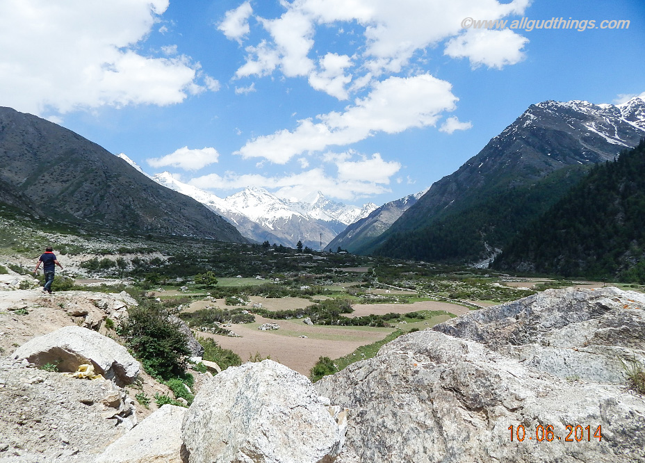 Sangla Valley bowls in kinnaur, Himachal