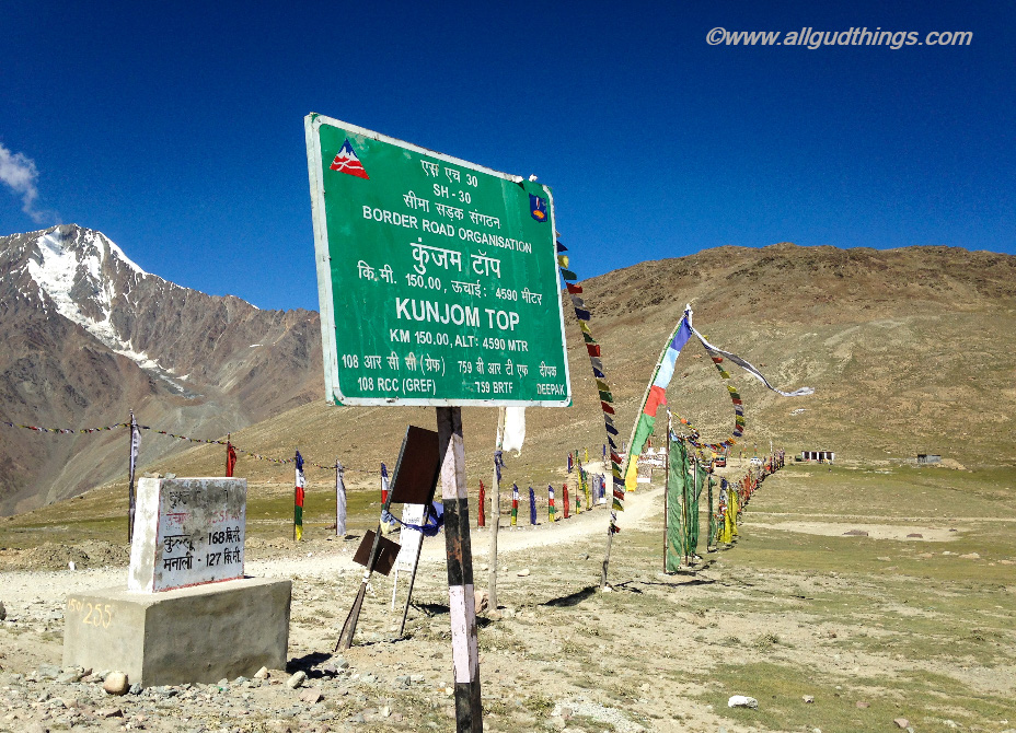 Kunzum Pass: Travel Guide for Lahaul Spiti Road Trip