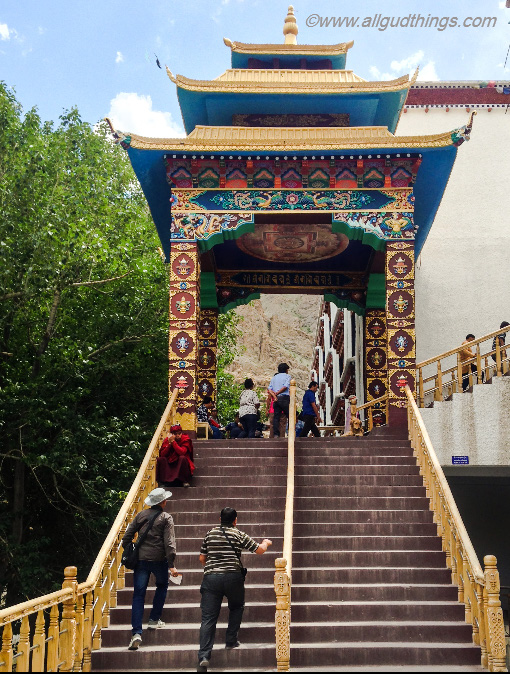 Entrance to one of the biggest and wealthiest gompas of Ladakh: Hemis Monastery