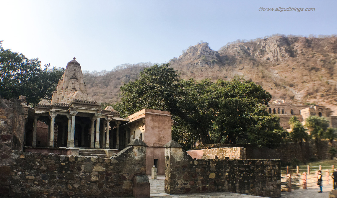 Someshwar Temple in Haunted Bhangarh Fort
