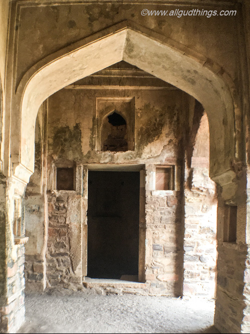 Rooms with several stairs, taking down to Khazana in the Haunted Bhangarh Fort