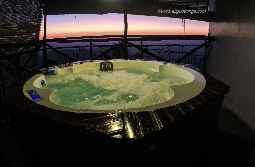 Couple Jacuzzi with Sunset view at Aamod Resort Shoghi