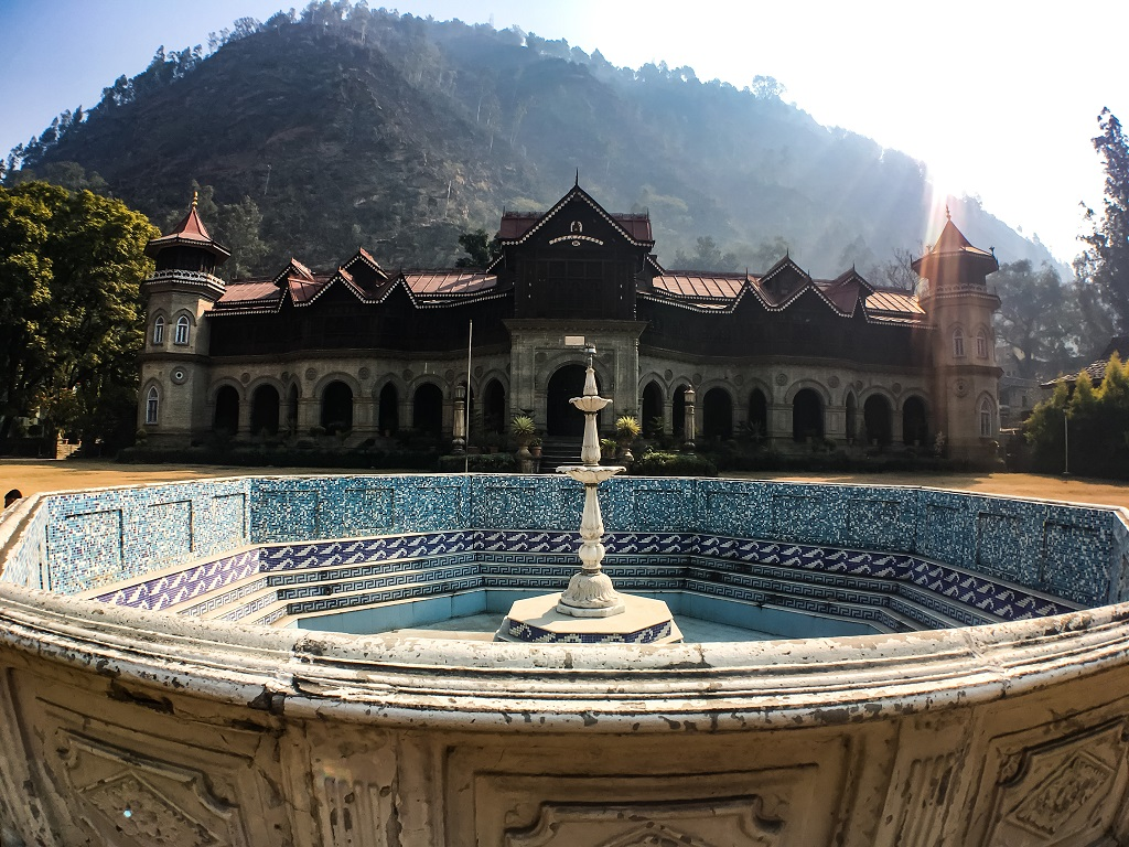 Padam Palace: The Royal Palace in Rampur Bushahr
