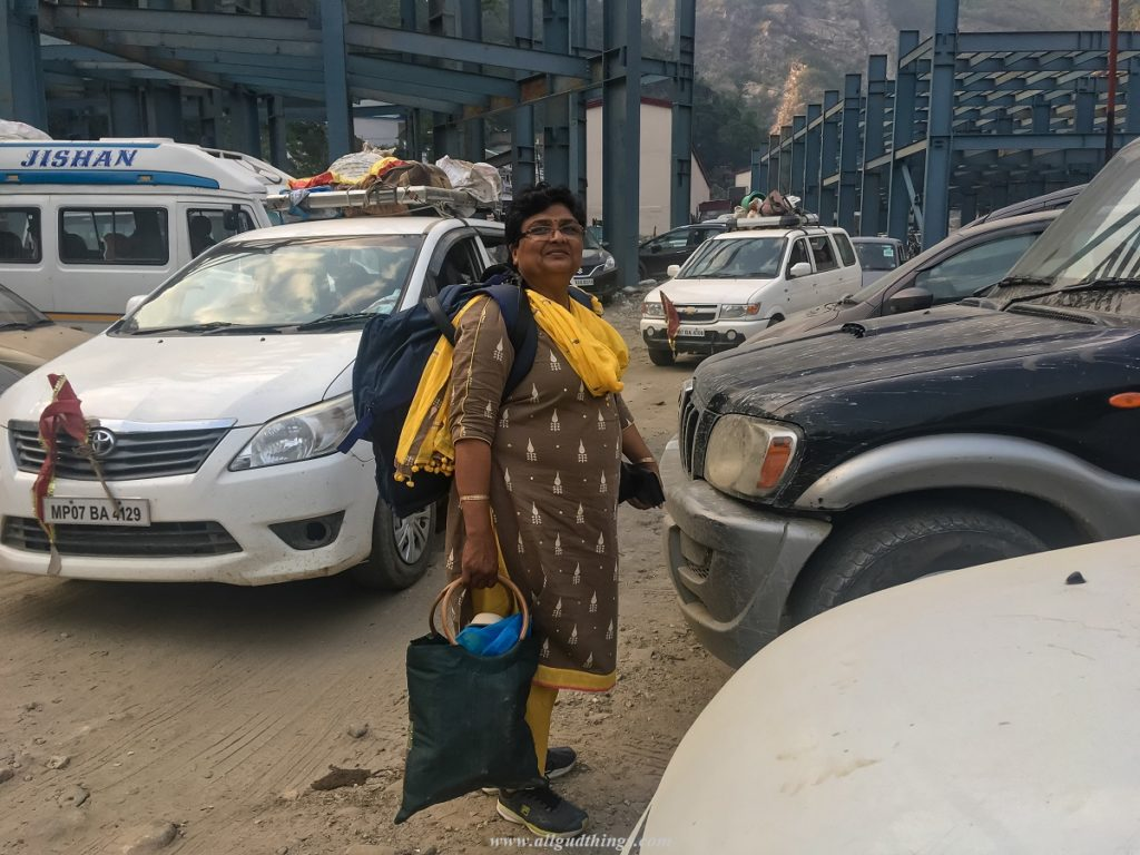 Sonprayag Parking Area