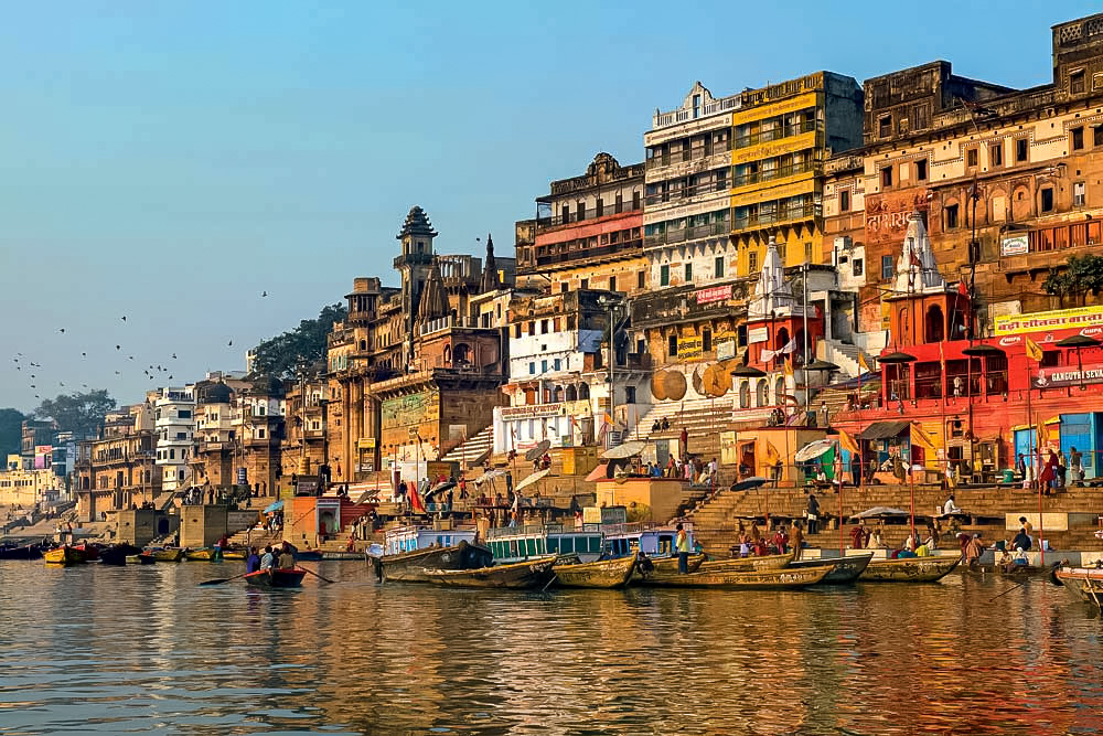 10 Reasons Why Everyone Should Travel India